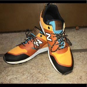 Unisex shoes NWOT